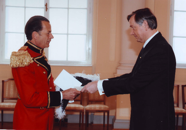 PRESENTING THE CREDENTIALS TO THE PRESIDENT OF THE REPUBLIC